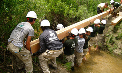 Hire a Corps - Teambuilding